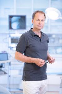 Dr. Filipitsch im Eingriffsraum