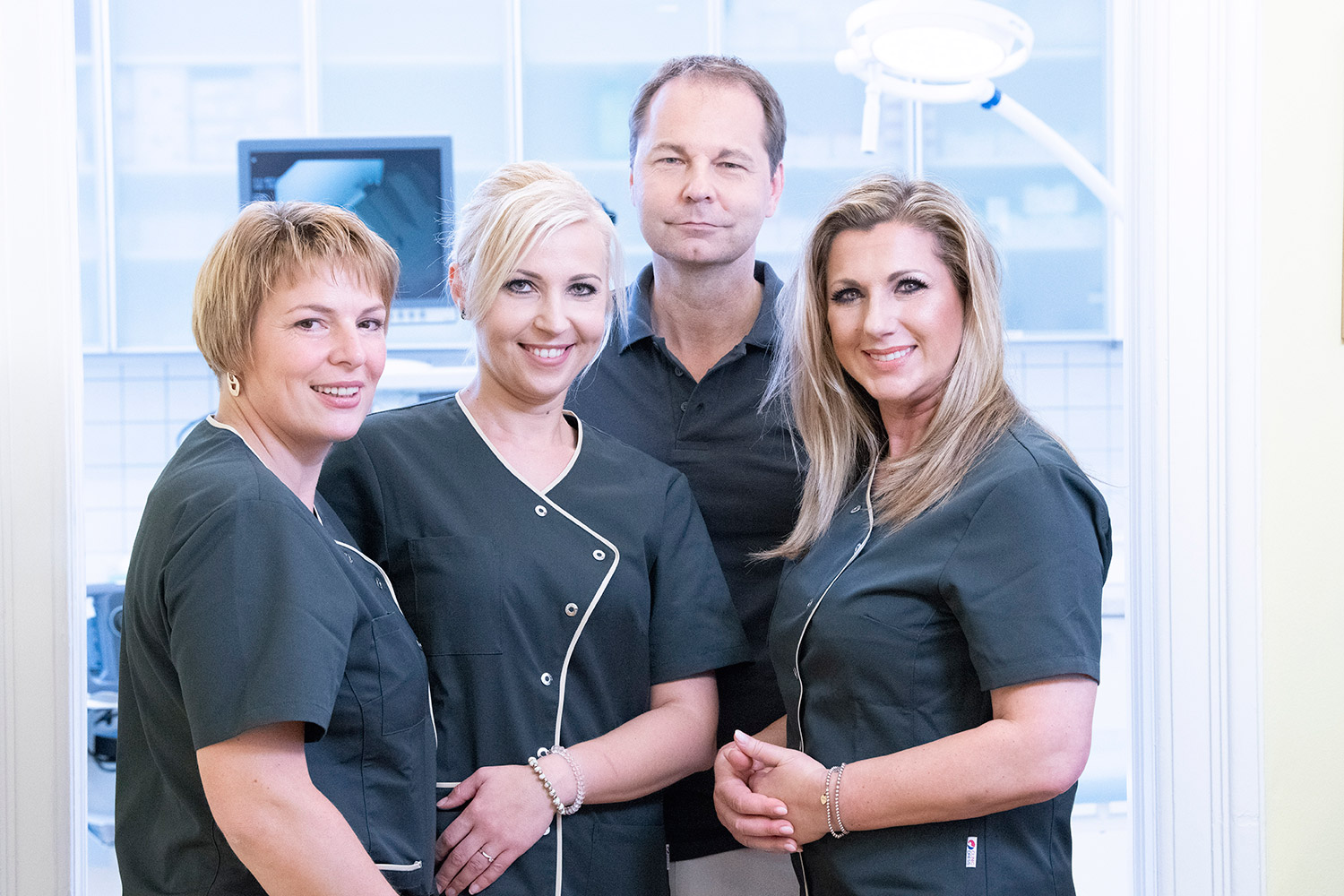 Dr. Filipitsch with his team